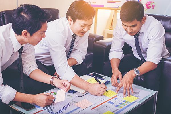 Three men business plan 600x400
