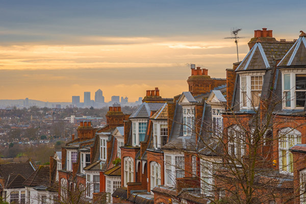 Row of victorian houses 600x400 s
