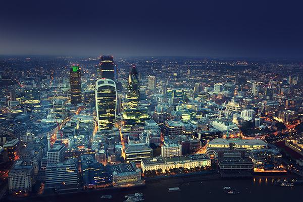 Bourne cityscape distant 600x400