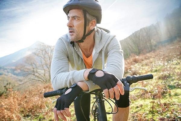 Active man on bike 600x400